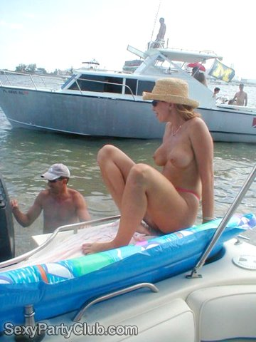 powerpuff girls moving nude